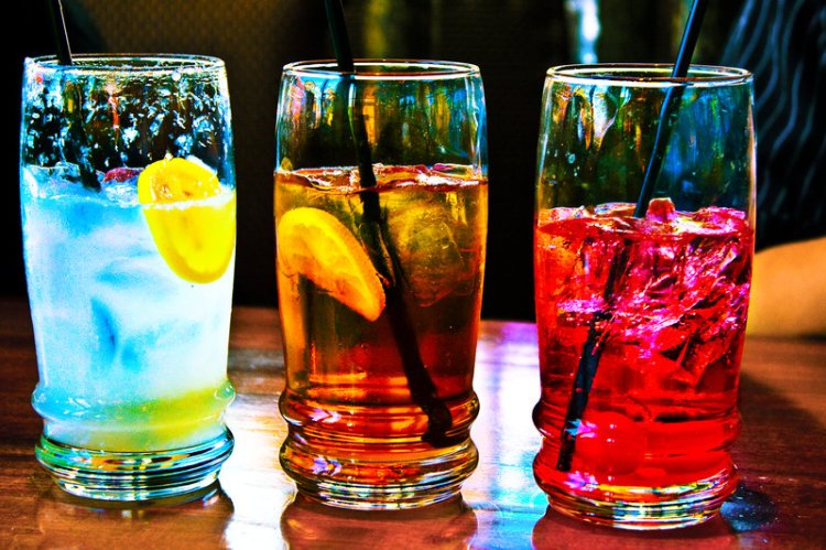 cold_drinks_by_breadloaf