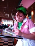waitress_02_20070328